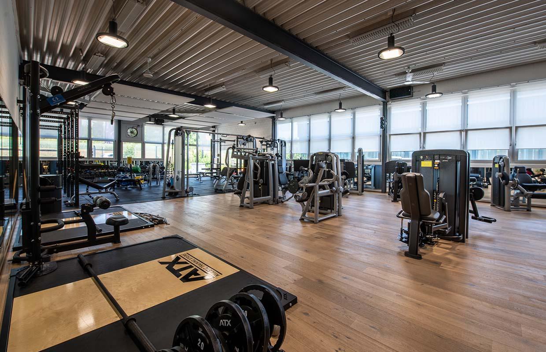 fitnesscenter-halle41-kloten-krafttraining-4