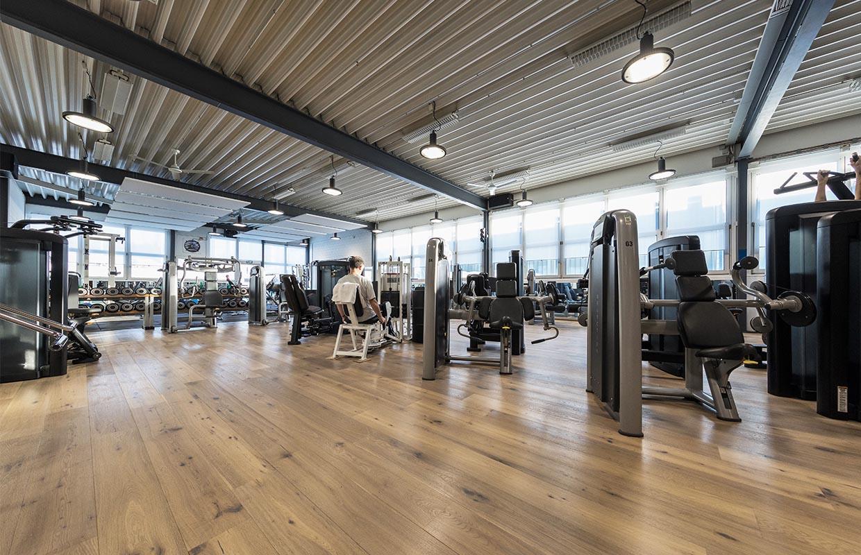 fitnesscenter-halle41-kloten-krafttraining